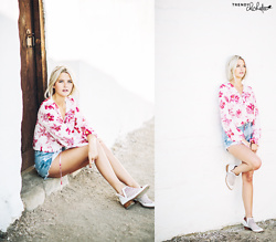 Molly Hogan - Tularosa Lace Up Blouse In Fuscia Bloom, L'agence Denim Cutoff Shorts, Jeffrey Campbell Shoes Taggart Bootie - Floral Lace Up Blouse
