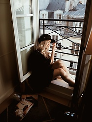 Joicy Muniz - Style Moi Cap, Monki Dress - My Balcony in Paris