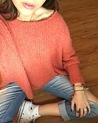 Gabrielle L. - Free People Comfy Pink Sweater, Gap Boyfriend Distressed Jeans, Converse White High Top - Thursdays mood