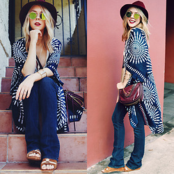 Zuzana - Romwe Kimono, Mother Denim Bell Bottoms, Dolce Vita Louise Wedge Sandals, She+Lo Plum Crossbody, Tart Collections Plum Hat, Missguided Mirror Circle Sunglasses - Happy Hippie!