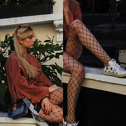 Eleonore Marie Stifter - Asos Fishnet, Valentino Bag, Mango Jumper, Saint Laurent Shoes - Going Fishing with my Net