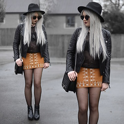 Sammi Jackson - Zaful Sunglasses, Topshop Biker Jacket, Aliexpress Choker, Nastydress Lace Bralet, My Depop Mesh Top, Choies Faux Suede Skirt, Oasap Quilted Bag, Topshop Alexy Boots - CAMEL FAUX SUEDE