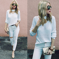 Zuzana - Rd Style Choker Sweater, Romwe White Distressed Jeans, Jord Watch, Rampage Gold Pumps, Giant Vintage Mirror Aviator Sunnies, Target Gold Clutch - All White