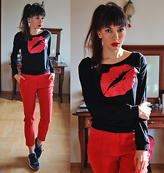 Jointy&Croissanty © - Fashionmia Top - Two ootd sets with cigarette trousers (II)