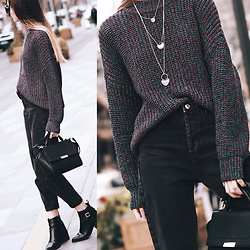 Lolita Sharun - Pull & Bear Shiny Fabric Oversized Sweater, Forever 21 Layered Silver Necklace, Gu Black Bag, Fendi Colorblock Sunglasses - Granit