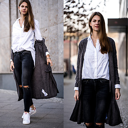 Jacky - Gina Tricot Jeans, Adidas Sneakers -  White Shirt and destroyed Jeans