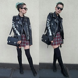 Darina David - Bershka Bag, Pull And Bear Jacket, Musette High Boots - Edgy spring