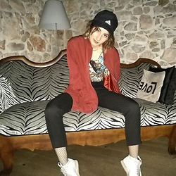 Steffy&Elina - Monki Bomber Jacket, Adidas Cap, American Apparel Trousers, Reebok Sneakers, Blog - LOVE