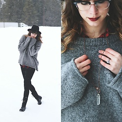 Mackenzie S - Urban Outfitters Black Wool Fedora, Splendor & Stone Quartz Necklace, Eyebuydirect Borderline Frames, Old Navy High Waisted Leggings, Zara Oversized Wool Sweater - Still Walking in a Winter Wonderland