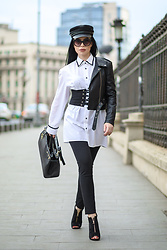 Laura Veronica - H&M Hat, Eva's Lab Shirt, Abi Design Studio Belt, Adona Bag - Streetstyle