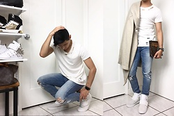 Demere Ryan - Adidas Tubular Invader Strap, Blanknyc Distressed Denim Jeans, Apple Watch Series 2, Louis Vuitton Custom Handmade Merse - Captions Are So Cliche