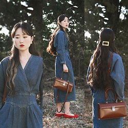 Autumn Kim - Phila Petra V Neck Denim Dress, Phila Petra Calf Skin Ballet Shoes, Phila Petra Square Leather Bag, Square Metal Hairclip, Golden Earrings - Retro denim