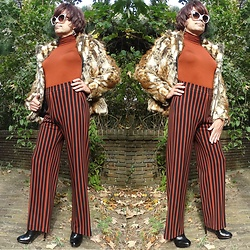 Francesca Di Parma - Prada Glasses, Pepe Jeans Jacket, Wolford String Bodysuit, Ana Alcazar Pants, Santoni Heels - First Winter look