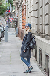 Diana Manolova - Only Coat, Zara Jeans, Zara Backpack, Pimkie Sunglasses - A while ago in Stuttgart