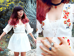 Elya Lorde -  - Embroidered Floral Dress <3
