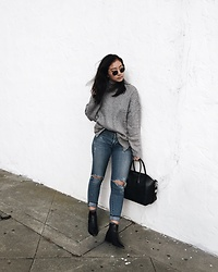 Tiffany Wang - Givenchy Bag, Acne Studios Boots, Citizens Of Humanity Jeans, H&M Sweater - GRAY SWEATER