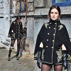 Ruxandra Ioana - Lightinthebox Cape, Zaful Shorts - Baroque freedom