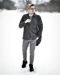 Edgar - Black Suede Boots, Asos Gray Cropped Suit Pants, H&M Dark Gray Cotton Jacket, Primark Black Leather Satchel, Black Framed Optical Glasses, Daniel Wellington Brown Leather Watch, H&M White Shirt, Gray Necktie - TIMELESS CLASSICS