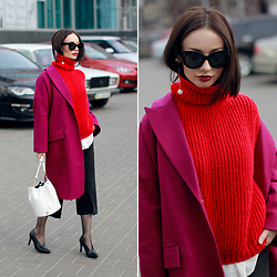 Sonya Karamazova - Rebecca Minkoff Earrings, Zerouv Eyewear - RED+FUCSIA