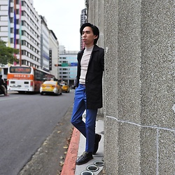 FL JU - Topman Coat, River Island Roll Jumper, Asos Shoes - We are at National Taiwan Museum