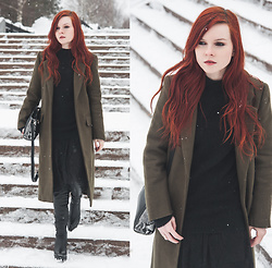 Anya Dryagina - Sammydress Coat, Zaful Dress - Military coat