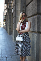 My Showroom Priscila - Pull & Bear Skirt, Christian Dior Bag, Zara Top, Love Is Jewellery, Chloé Sunnies - Vichy & Frills Midi Skirt