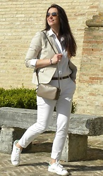 Veronica Vannini -  - Spring casual look
