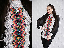 Ksenia Murashka - Murashka Design Blouse - Embroidered blouse with lace