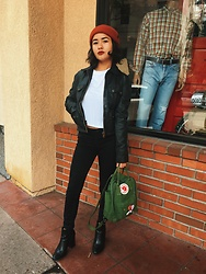 Bowie Arroyo - Levi's® Leather Jacket, Fjallraven Kanken Backpack, Brixton Beanie - Real