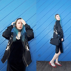 Jin Jung - Zara Bomber Jacket, Zaful Black Velvet Cami Dress, Zara Mini Bag, Missguided Choker - Spring Black