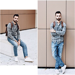 Baris Sabic - Zara Shoes, Pull & Bear Shirt, Bershka Backpack - .