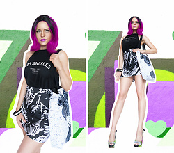 Irina Petrova - H&M Los Angeles Top, Brett66 Fish Pencil Mini Skirt, Brett66 Moths Not Butterflies Tote Bag, Centro Black&White Bracelet, Iron Fist Clothing Zombie Stomper Green Walker Bow Platform Heels - Flying Fish Not Butterflies