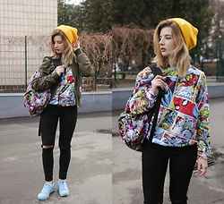 Vlada Kozachyshche - Mr Gugu Sweatshirt, Wallmart Backpack, Zaful Outerwear, Bershka Jeans, Adidas Sneakers, Pull & Bear Hat - Comics Girl