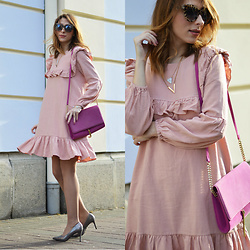 Monika Tremski - Rosewholesale Dress, H&M Bag, Deichmann Shoes - Rose ruffle dress