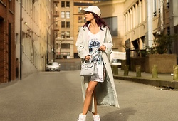 Maria P - Aliexpress White Suede Baseball Cap, Topshop Mint Duster Coat, Goldie London Printed Slip Dress, Light Blue Mini Bag, Aliexpress White Glitter Boots - Pastel & Glitter
