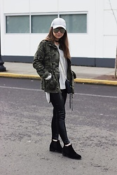 Fashion Sensored -  - Sporty Vibes