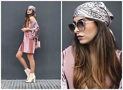 Bárbara Marques - Zara Kimono, Lefties Dress, Zara Boots, Michael Kors Bag, Luis Buchinho X Ergovisão Sunglasses, Primark Scarf - Pink!
