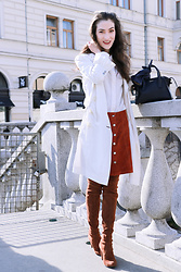 Veronika Lipar - Stuart Weitzman Brown Suede Over The Knee Boots, Theory Brick Red Brown Suede Skirt - The Robe, Pardon Long Thin Coat