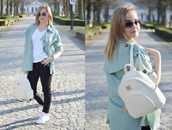 Sispolitan Lach - Promod T Shirt, Shein Mint Trench, Calzedonia Pants, Adidas Sneakers, Chanel Sunglasses - Fresh Mint