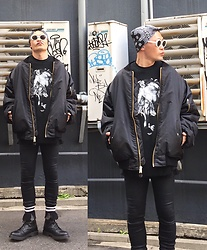 ★masaki★ - Saint Laurent Sunglasses, Rothco 6xl Bomberjacket, Komakino Sweat Over, Kill City Skinnyjeans, Dr. Martens Limited 10hole - Trash style 112