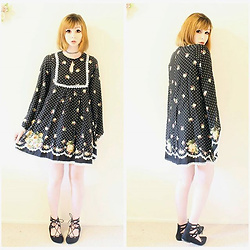 Rachel-Marie - Unbranded Tattoo Choker, Romwe Black Polka Dot And Rose Print Lace Trim Tunic Dress, Shein Black Lace Up Flats - Spot Me in the Garden