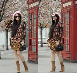 Clara Campelo - Bag, Dress, Public Desire Boots, Zerouv Sunnies - 70s for today