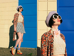 Amy Roiland - Christian Roth Sunglasses - Into the blue