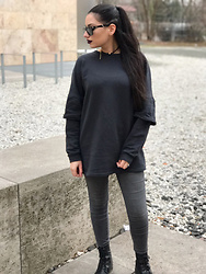 Gilda - Zara Sweater, Asos Grey Jeans, Asos Black Boots, Rayban Black Sunglasses, Zaful Leather Choker - Dark.