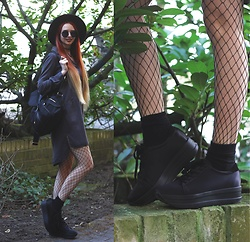Liza LaBoheme - Vagabond Casey Platform Sneakers, Zara Long Blouse, Zaful Backpack - The urban jungle