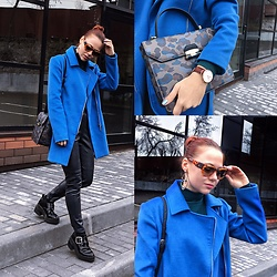 Jenny Danilkova - Kira Plastinina Coat, Furla Bag, Daniel Wellington Watches, Valentino Sunnies, Mango Pants, Zara Boots - Spring military