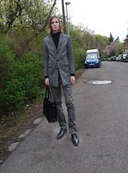 Ziri K - Zara Coat, Zara Pants, Bugatti Shoes, Zara Bag - Zara causal
