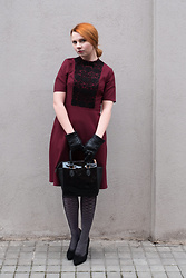 Catherine Black - F&F Burgundy/Black Dress, Vintage Leather Gloves, Humanic Black Shiny Bag, Calzedonia Black Stockings, Kitten Black Classy Shoes - New Vintage