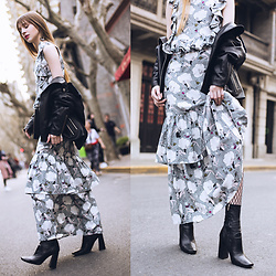 Lolita Sharun - Missy Skins Lily Layered Maxi Skirt, Missy Skins Dahlia Crop Frill Top, Zara Leather Boots, Missy Skins Binx Oversized Leather Jacket - All about print! SFW Day 2