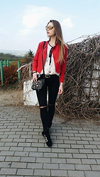 Marcela Wlodarczyk - Bershka Red Jacket, Hm Shoes, Zara Blouse, Stradivarius Bag, Gamiss Sunglasses - Sunday look